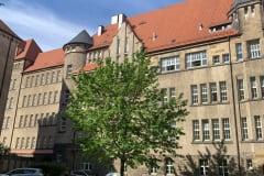 TU DRESDEN (SCHOOL)